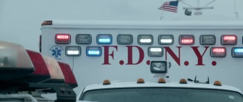 Sully 2016 720p BluRay DD5.1 x264-IDE screenshots